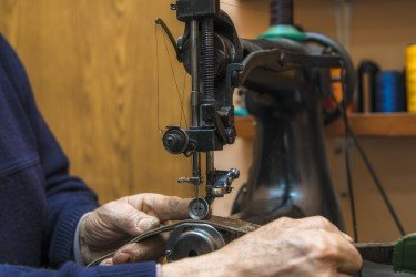 Best Hand Operated Sewing Machines